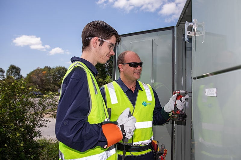 North Lakes & Surrounds Electrical   Commercial Services